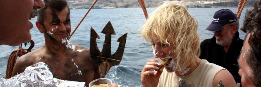 Tradycje morskie  –  chrzest morski.